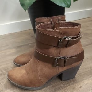 Blowfish ankle boots size 10
